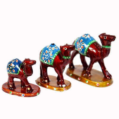 Picture of Designer Wooden camel set
