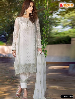 Picture of 2005 Designer Pakistani Style Indian Suit