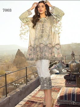 Picture of 7003 Designer Pakistani Style Indian suit