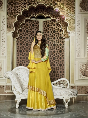 Picture of 1202 Yellow and Golden Heavy Net Designer Suit