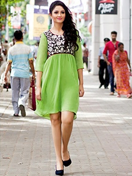 Picture of 14004 Parrot Green Designer Georgette Kurti