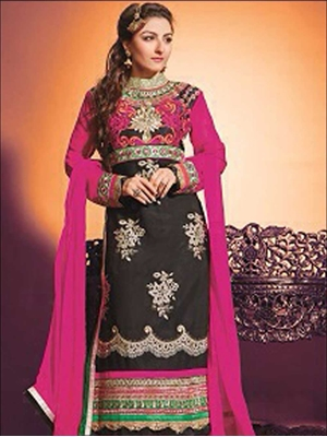 Picture of 1339Black Georgette Straight Suit