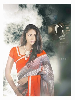Picture of 44018Orange Red and Slate Gray Georgette Saree