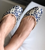 Blue embroidery leather shoes