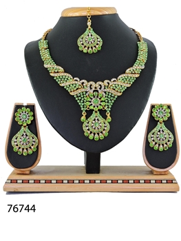 Picture of 76744 Imitation Jewellery Nacklace Set
