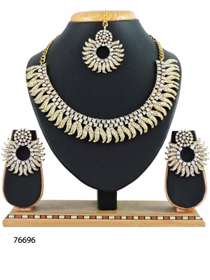 Picture of 76696 Imitation Jewellery Necklace Set