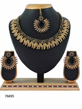 Picture of 76695 Imitation Jewellery Necklace Set