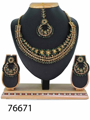Picture of 76671 Imitation Jewellery Heavy Necklace Set