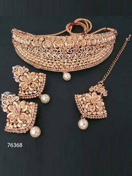Picture of 76368 Heavy Imitation Jewellery Necklace Set