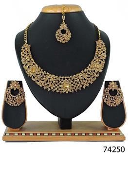 Picture of 74250 Imitation Jewellery Nacklace Set Collection