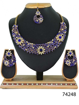 Picture of 74248 Imitation Jewellery Nacklace Set Collection