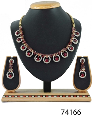 Picture of 74166 Imitation Jewellery Nacklace Set Collection