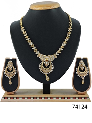 Picture of 74124 Imitation Jewellery Nacklace Set Collection