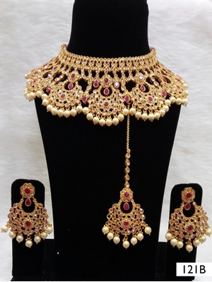 Picture of 121B Maroon Bridal Wear Necklace Set With Maang Tika