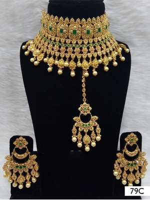 Picture of 79C Green Pearl Bridal Wear Necklace Set With Maang Tika