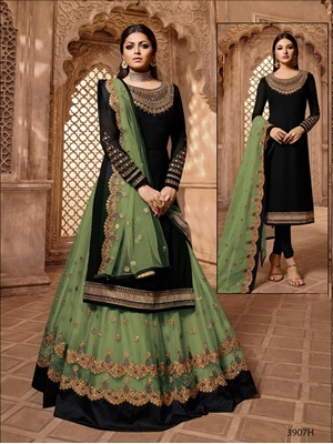 Picture of 57003A Pakistani Style Suit